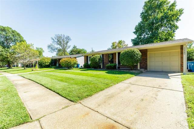 12480 Glencliff Drive, Maryland Heights, MO 63043 (#21066283) :: St. Louis Finest Homes Realty Group