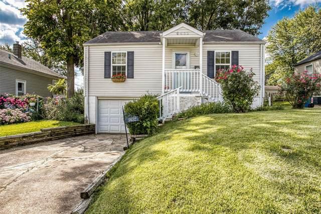 9432 Flora Ave, St Louis, MO 63114 (#21066621) :: Hartmann Realtors Inc.