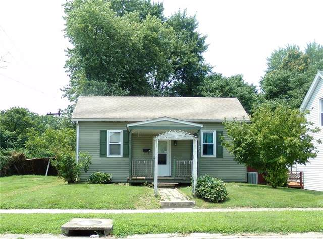 413 N Center Street, Collinsville, IL 62234 (#21067255) :: Parson Realty Group