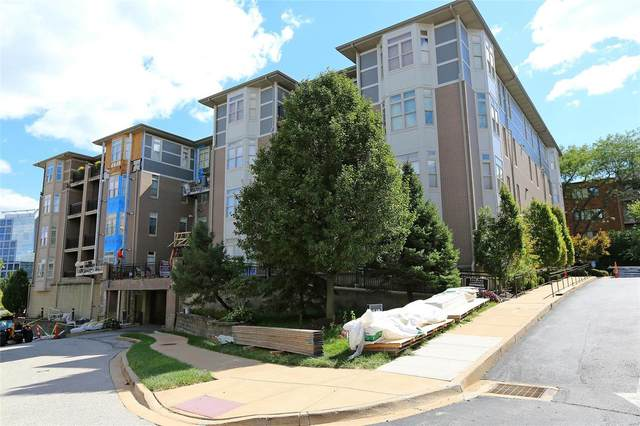 842 N New Ballas Court #101, St Louis, MO 63141 (#21067654) :: Clarity Street Realty