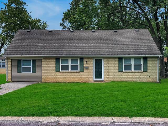 4309 Short Street, Belleville, IL 62226 (#21067781) :: Delhougne Realty Group