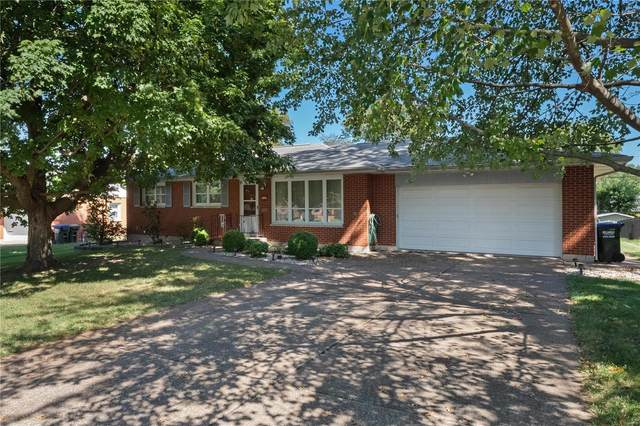 936 N Metter Avenue, Columbia, IL 62236 (#21068000) :: Clarity Street Realty