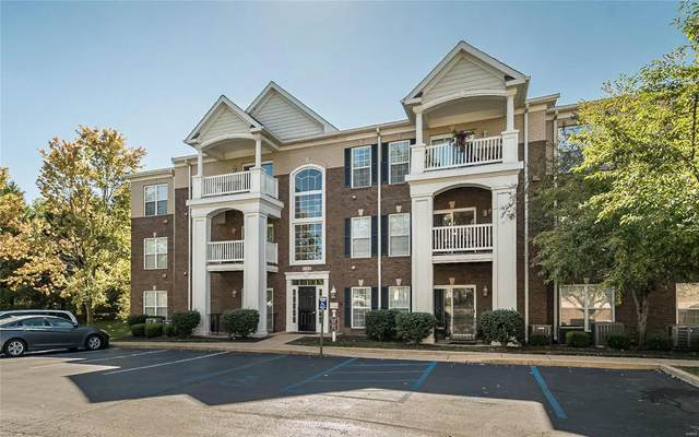 13115 Mill Crossing Court #107, Creve Coeur, MO 63141 (#21068010) :: Reconnect Real Estate