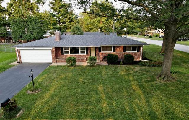 543 Lodge Drive, St Louis, MO 63126 (#21068117) :: Clarity Street Realty