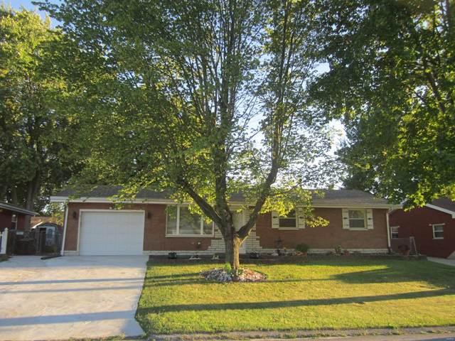 14 Victoria Drive, Pontoon Beach, IL 62040 (#21068653) :: Jenna Davis Homes LLC