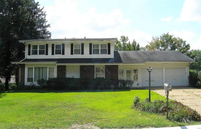 13012 Cannes Drive, Creve Coeur, MO 63141 (#21068654) :: Clarity Street Realty