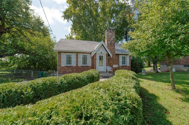 830 Chambers Road, St Louis, MO 63137 (#21068952) :: Finest Homes Network