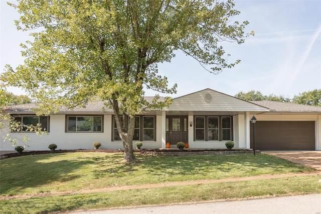 1821 Burlewood, St Louis, MO 63146 (#21069132) :: Kelly Hager Group   TdD Premier Real Estate