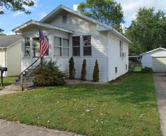 136 E 1st Street, Roxana, IL 62084 (#21071101) :: Fusion Realty, LLC