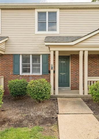 1724 Blue Jay Cove, St Louis, MO 63144 (#21072112) :: Mid Rivers Homes