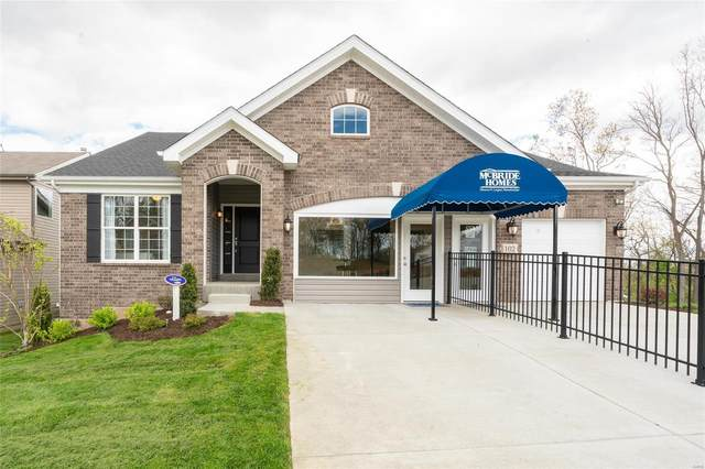 1 Maple Exp At Shadow Point, Oakville, MO 63129 (#21072372) :: The Becky O'Neill Power Home Selling Team