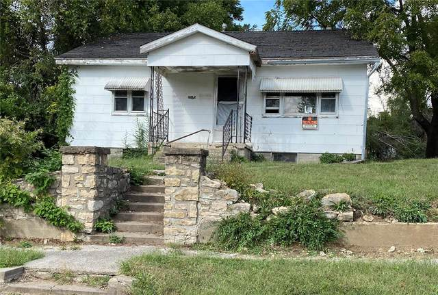 2010 Spruce Street, Hannibal, MO 63401 (#21072451) :: Parson Realty Group