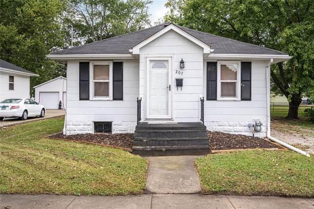 207 S Chestnut Street, LITCHFIELD, IL 62056 (#21072802) :: Fusion Realty, LLC
