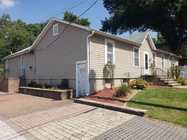 975 Lindenwood, Saint Charles, MO 63301 (#21073655) :: Matt Smith Real Estate Group