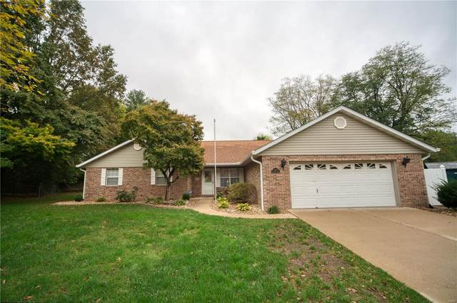 1811 Spruce Hill Drive, Belleville, IL 62221 (#21073980) :: Terry Gannon | Re/Max Results