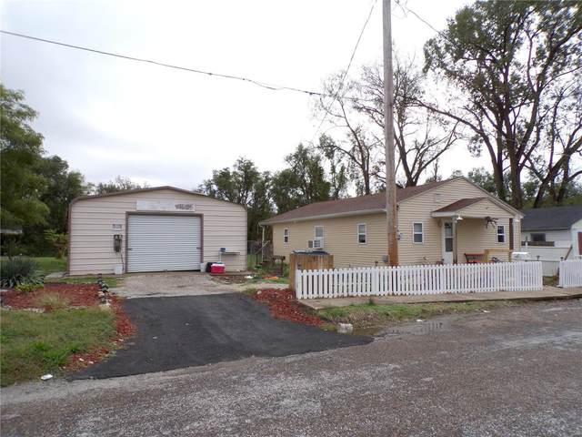 512 Houston, Hannibal, MO 63401 (#21074162) :: Kelly Hager Group   TdD Premier Real Estate