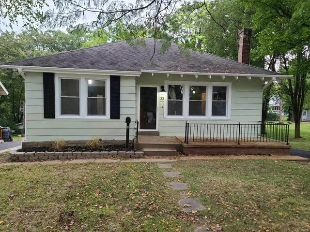 33 Beacon Avenue, St Louis, MO 63135 (#21074330) :: Finest Homes Network