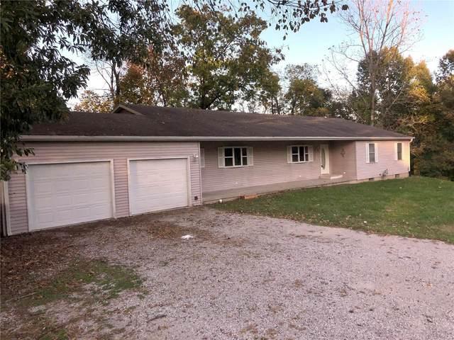 420 Hill St., CARLINVILLE, IL 62626 (#21074634) :: Jeremy Schneider Real Estate