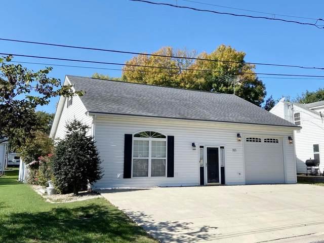 321 Vine Street, RED BUD, IL 62278 (MLS #21074678) :: Century 21 Prestige