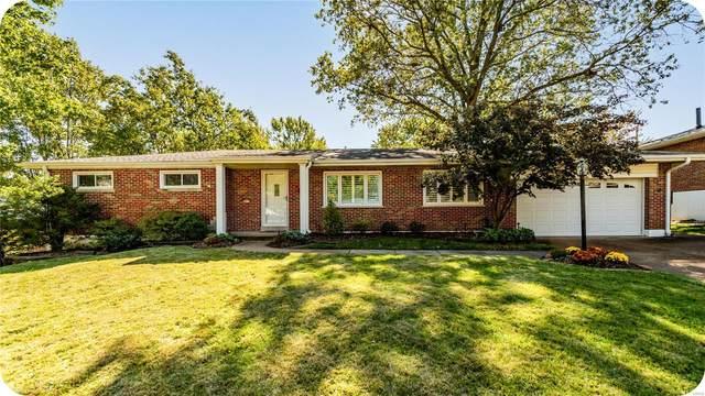 9832 Ridgely Lane, St Louis, MO 63123 (#21074884) :: Jenna Davis Homes LLC