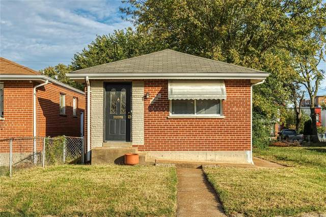 4441 Vista Avenue, St Louis, MO 63110 (#21075043) :: Jeremy Schneider Real Estate