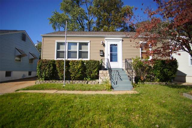 10717 Saint Xavier, Saint Ann, MO 63074 (#21075847) :: Kelly Hager Group   TdD Premier Real Estate