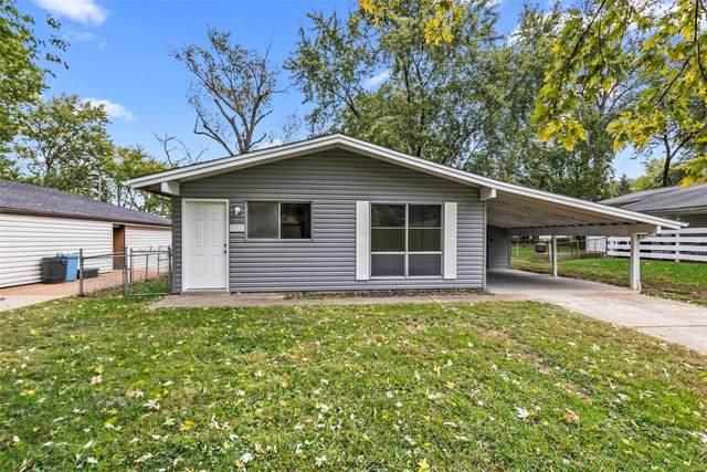 2916 Krem Avenue, St Louis, MO 63114 (#21075851) :: Kelly Hager Group   TdD Premier Real Estate