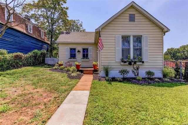 6568 Southwest Avenue, St Louis, MO 63139 (#21075984) :: Kelly Hager Group | TdD Premier Real Estate