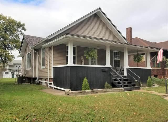 2447 Delmar Avenue, Granite City, IL 62040 (#21076029) :: Kelly Hager Group | TdD Premier Real Estate