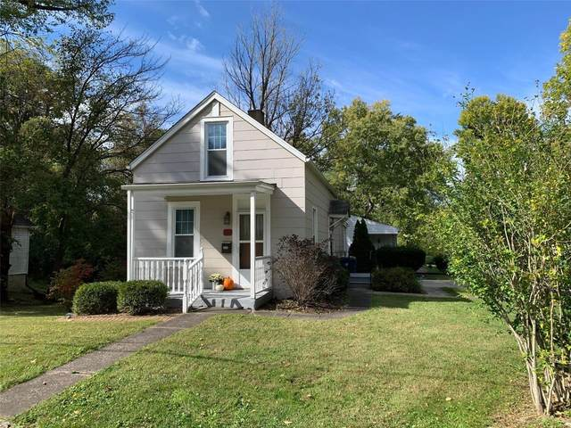 407 Wynona Street, Edwardsville, IL 62025 (#21076065) :: The Becky O'Neill Power Home Selling Team
