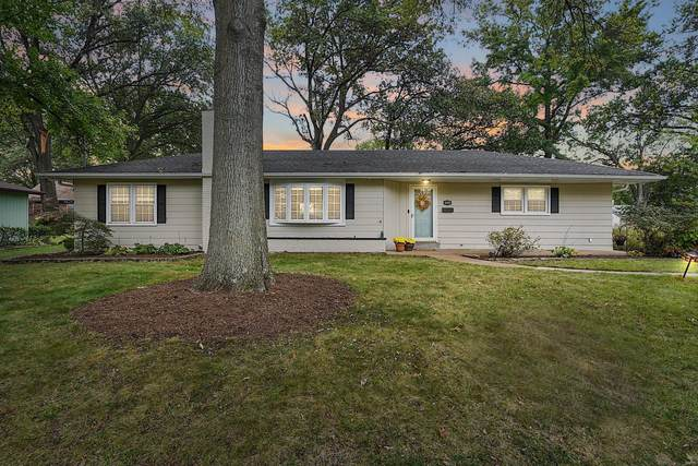 1425 Wexford Avenue, Webster Groves, MO 63119 (#21076428) :: Delhougne Realty Group