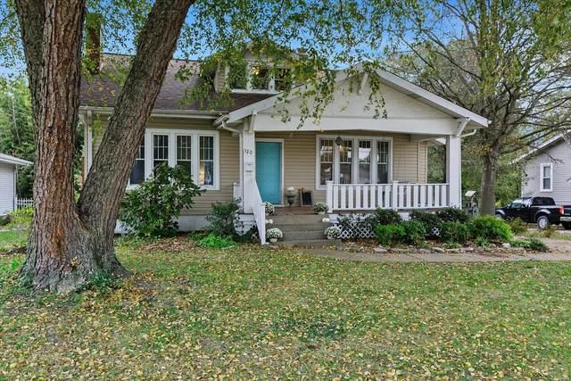 320 Merrell, Collinsville, IL 62234 (#21076429) :: Century 21 Advantage