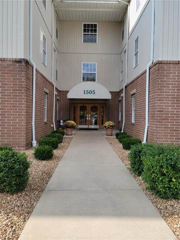 1505 S Old Highway 94 #401, Saint Charles, MO 63303 (#21076454) :: Delhougne Realty Group
