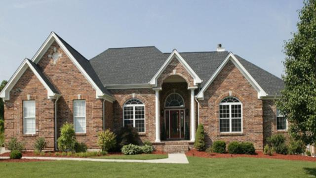 9410 Oakwood Manor Lane, St Louis, MO 63126 (#18008096) :: Sue Martin Team