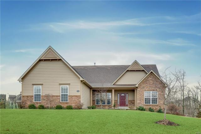 9905 Grandview Hill Court, Sunset Hills, MO 63127 (#18010139) :: Sue Martin Team