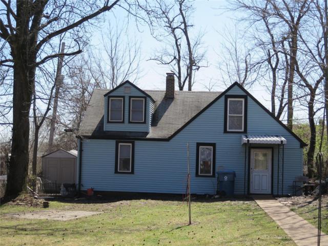 9416 Minerva Avenue, St Louis, MO 63114 (#18024554) :: Clarity Street Realty