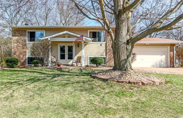 1824 Redcoat Drive, Maryland Heights, MO 63043 (#18029068) :: St. Louis Finest Homes Realty Group