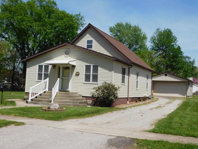 647 Leva Street, Hillsboro, IL 62049 (#18036557) :: Fusion Realty, LLC