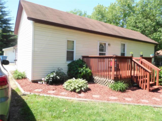 205 Willey Street, POCAHONTAS, IL 62275 (#18041437) :: Fusion Realty, LLC