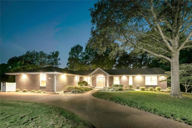 9457 Sunny Creek Lane, Sunset Hills, MO 63127 (#18041819) :: The Becky O'Neill Power Home Selling Team