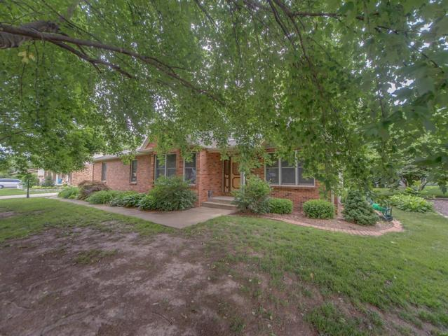420 N Jackson Street, Mascoutah, IL 62258 (#18044540) :: Holden Realty Group - RE/MAX Preferred