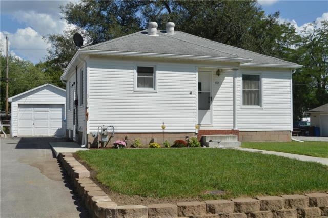 801 Lincoln Avenue, Wood River, IL 62095 (#18062519) :: Clarity Street Realty