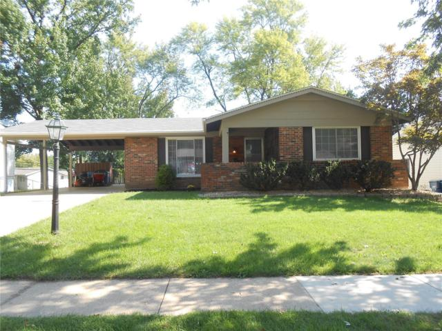 2556 Wesglen Estates Drive, Maryland Heights, MO 63043 (#18074999) :: RE/MAX Vision