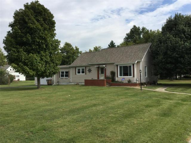 401 Berry Street, GILLESPIE, IL 62033 (#18079314) :: Clarity Street Realty