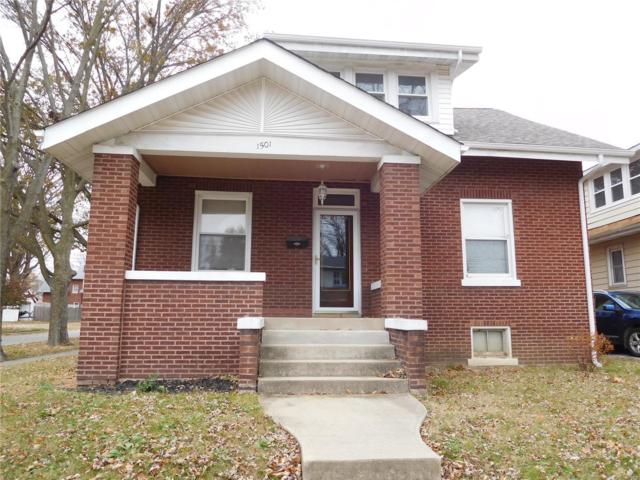 1501 13th Street, Highland, IL 62249 (#18087173) :: RE/MAX Professional Realty