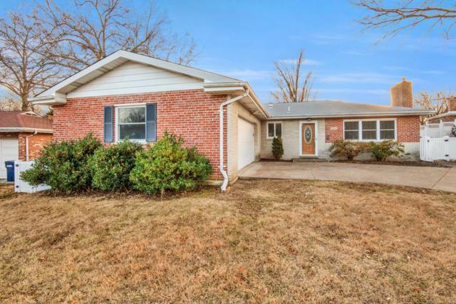 7662 General Grant, St Louis, MO 63123 (#18095646) :: Walker Real Estate Team