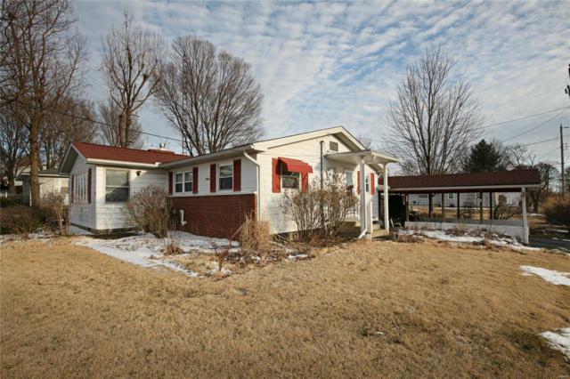 2130 W Jefferson Street, Vandalia, IL 62471 (#19013756) :: Holden Realty Group - RE/MAX Preferred