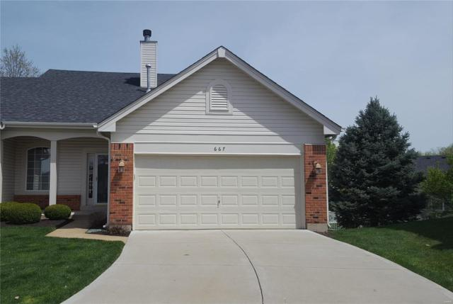 667 Hawk Run Drive, O'Fallon, MO 63368 (#19026054) :: The Becky O'Neill Power Home Selling Team