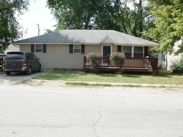 110 N Main, MEDORA, IL 62063 (#19036889) :: Holden Realty Group - RE/MAX Preferred