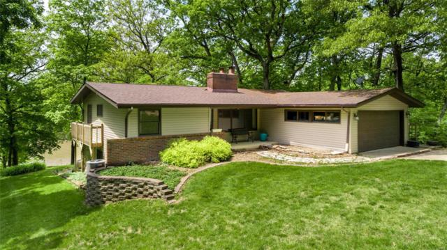 115 Solar Circle, LITCHFIELD, IL 62056 (#19036950) :: The Becky O'Neill Power Home Selling Team